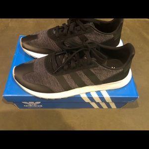 NIB women's Adidas FLB sneakers grey/blk size 8.5